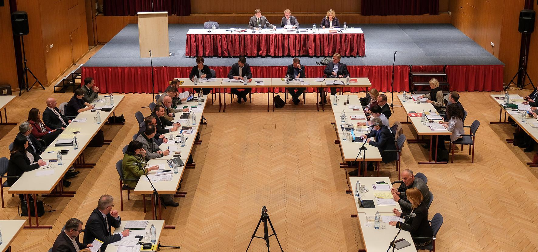 Bild des Gemeinderates der Stadt Wels bei einer Sitzung