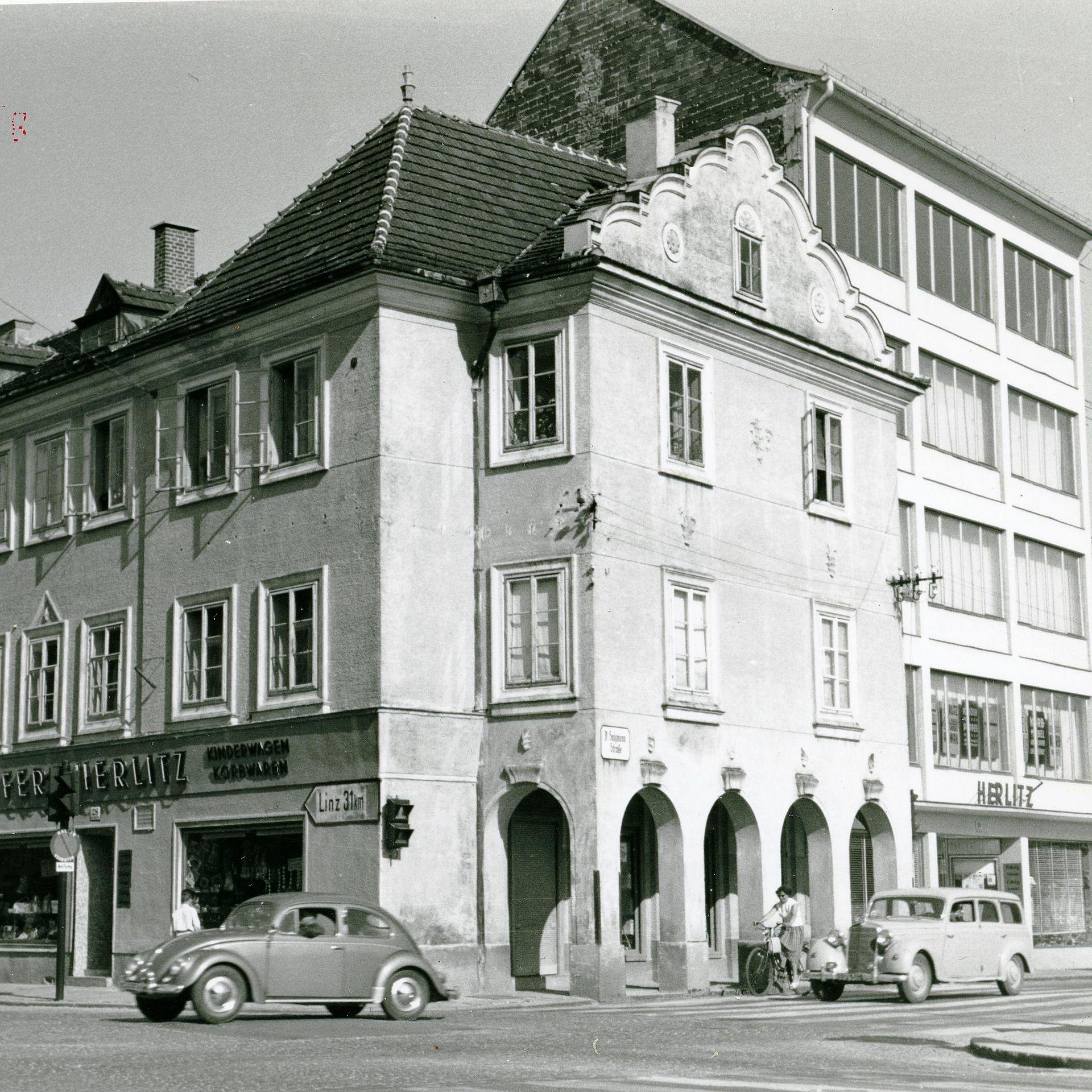 Kreuzung Dr. Salzmann Straße