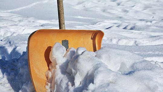 Bild einer Schneeschaufel