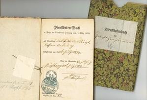 Dienstbotenbuch der Theresia Greifeneder, Dienstmagd, geb. 1848, wohnhaft in der Gemeinde Puchberg, Bezirk Wels, ausgestellt am 30. Juli 1874