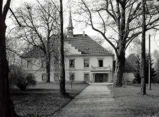 Schloss Pernau, Ansicht vom 30.03.1989, Aufnahme: StAW