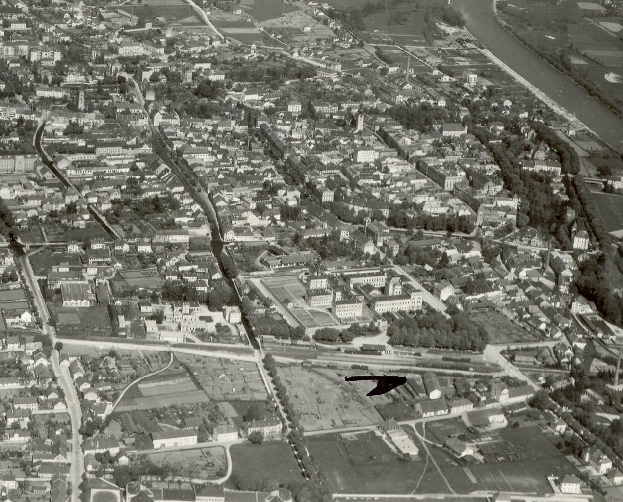 Lokalbahnhof früher - Luftbild